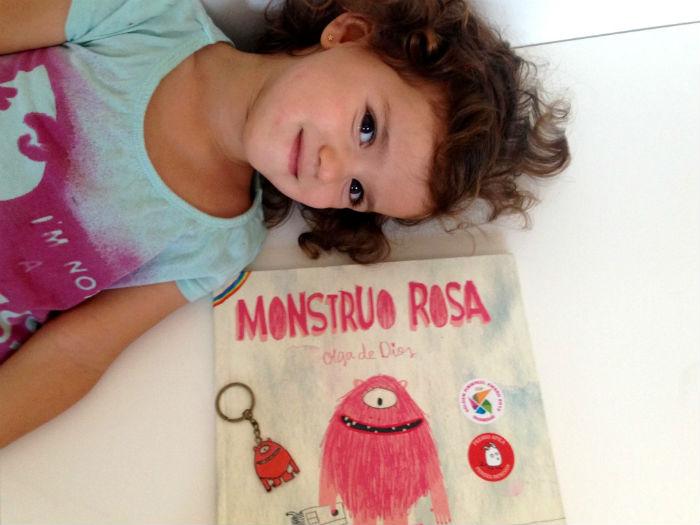 diy niños, llaveros de personajes cuentos Monstruo Rosa