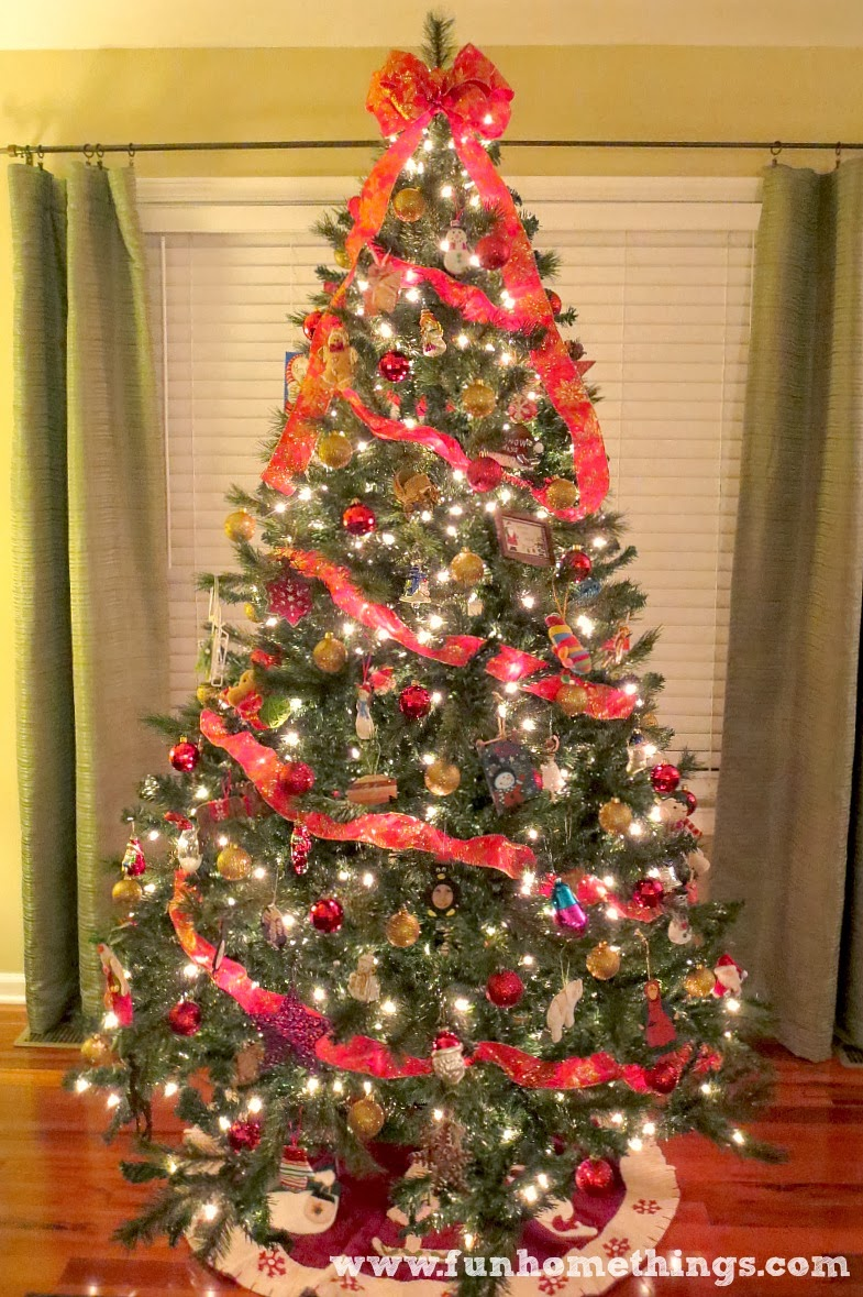 christmastree1jpg - When Does The Christmas Tree Go Up