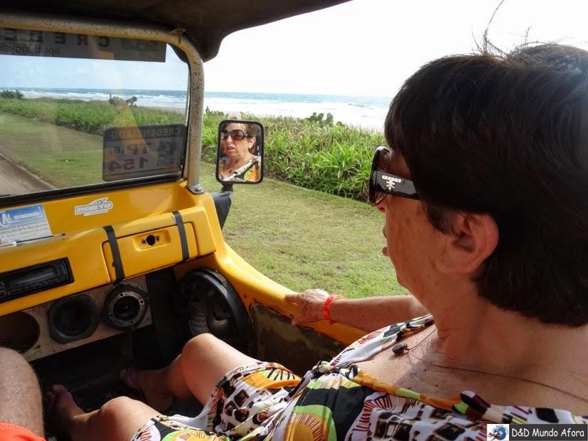 Mamis só senta na frente que é mais seguro - Passeio de buggy depois dos 60 anos
