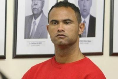 Janot pede que seja revogada decisão que soltou goleiro Bruno