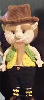 https://olgaamigurumis.files.wordpress.com/2014/10/elfo-browling.pdf