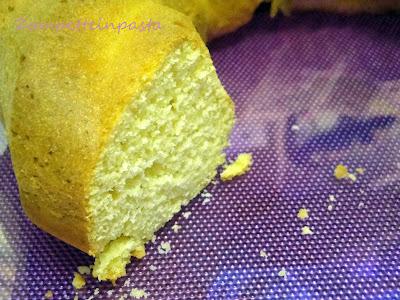 Ciambella con pasta di mandorle - Dolce con le mandorle