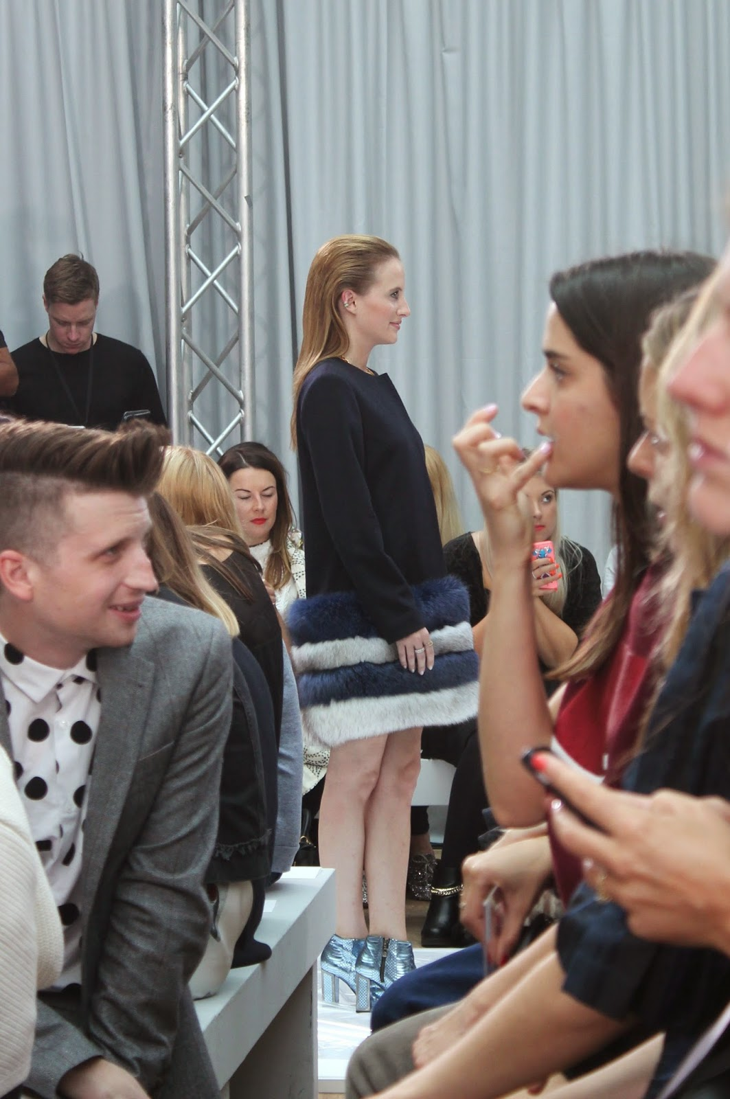london-fashion-week-2014-lfw-DAKS-show-catwalk-spring-summer-2015-models-clothes-fashion-frow-rosie-fortescue-made-in-chelsea