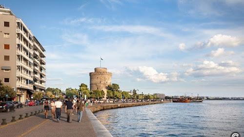 Γεωλογική   βόμβα   στη Θεσσαλονίκη  Οι κατολισθήσεις θέτουν σε κίνδυνο την  παραλία d2653b7143a