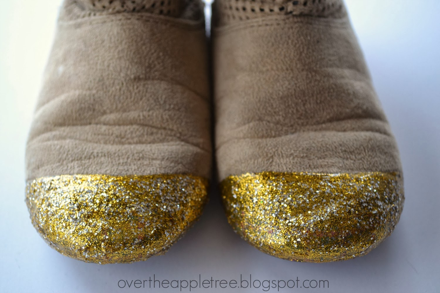 Repair shoes with dimensional fabric paint by Over The Apple Tree