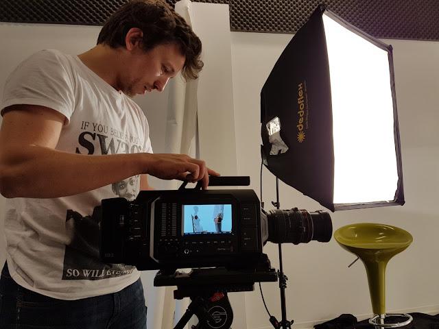 Julien De Witte - Prom Video - Quand T'es Loin - Clip de Musique - Charleroi