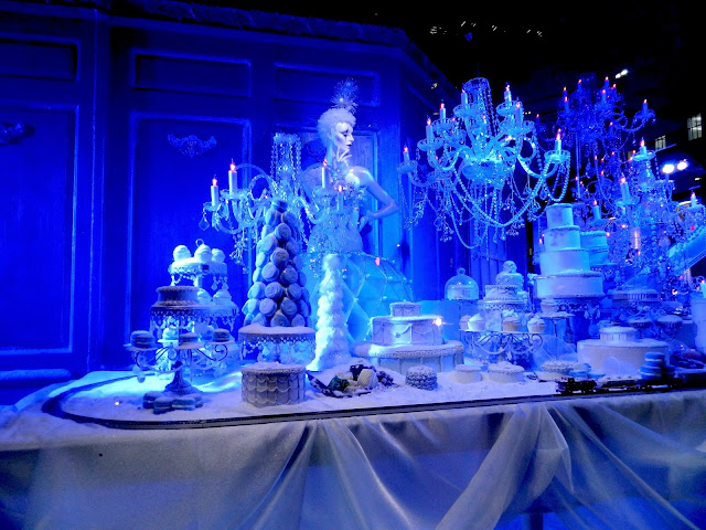 saks fifth avenue nyc christmas display window