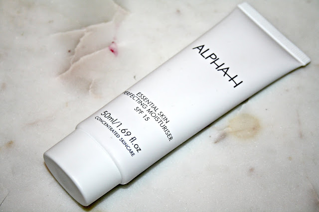 Alpha-H Essential Skin Perfecting Moisturiser SPF 15