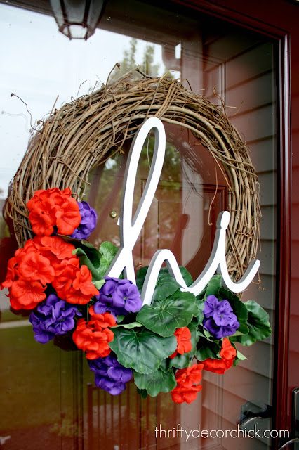 How to use a grapevine wreath for each season