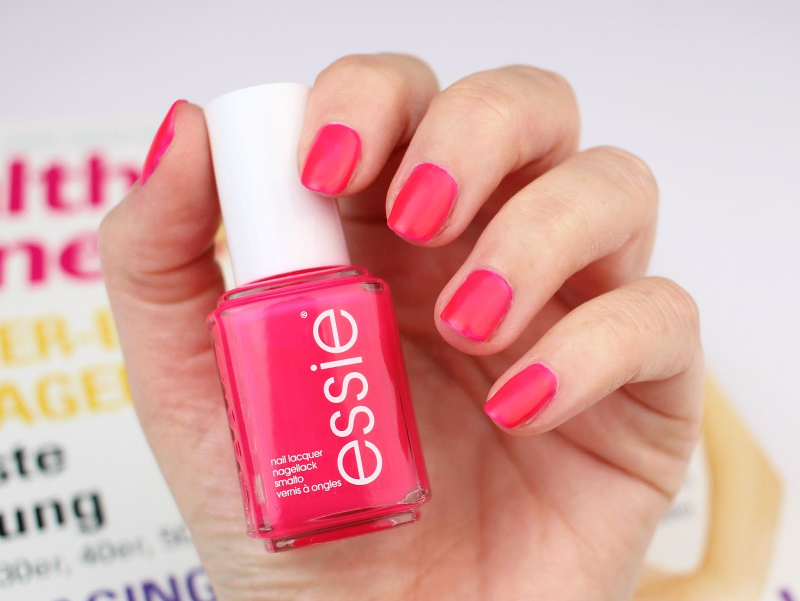 essie neon collection 2017 swatches review zaphiraw i der blog f r beauty fashion. Black Bedroom Furniture Sets. Home Design Ideas