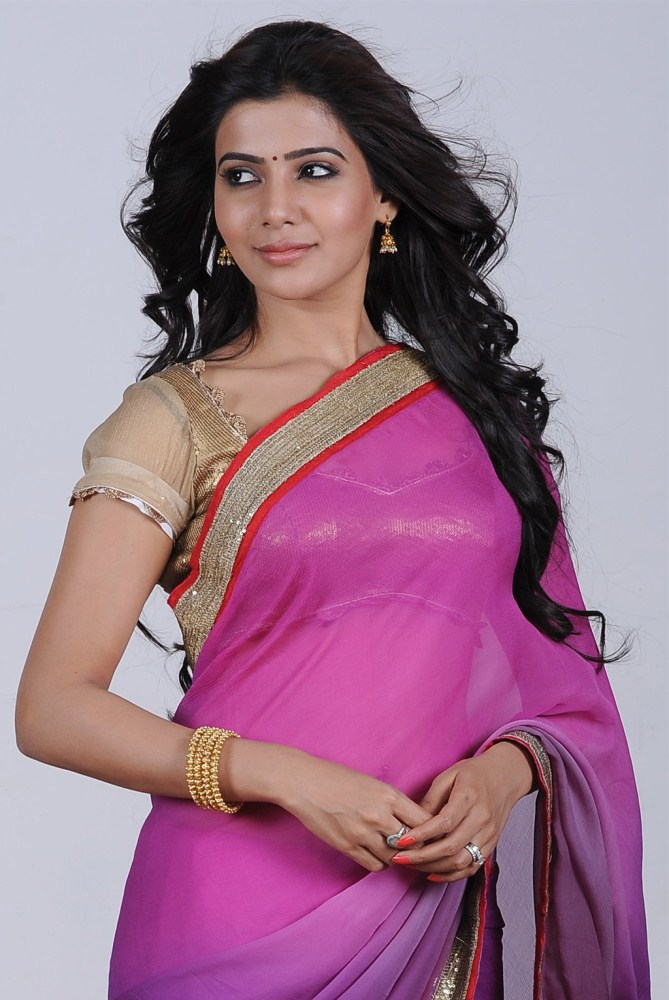 glorious Samantha hot n sexy navel show in purple saree