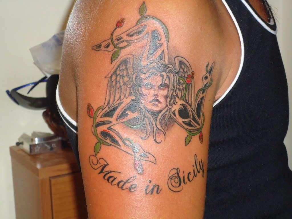 tatuaje de trinacria