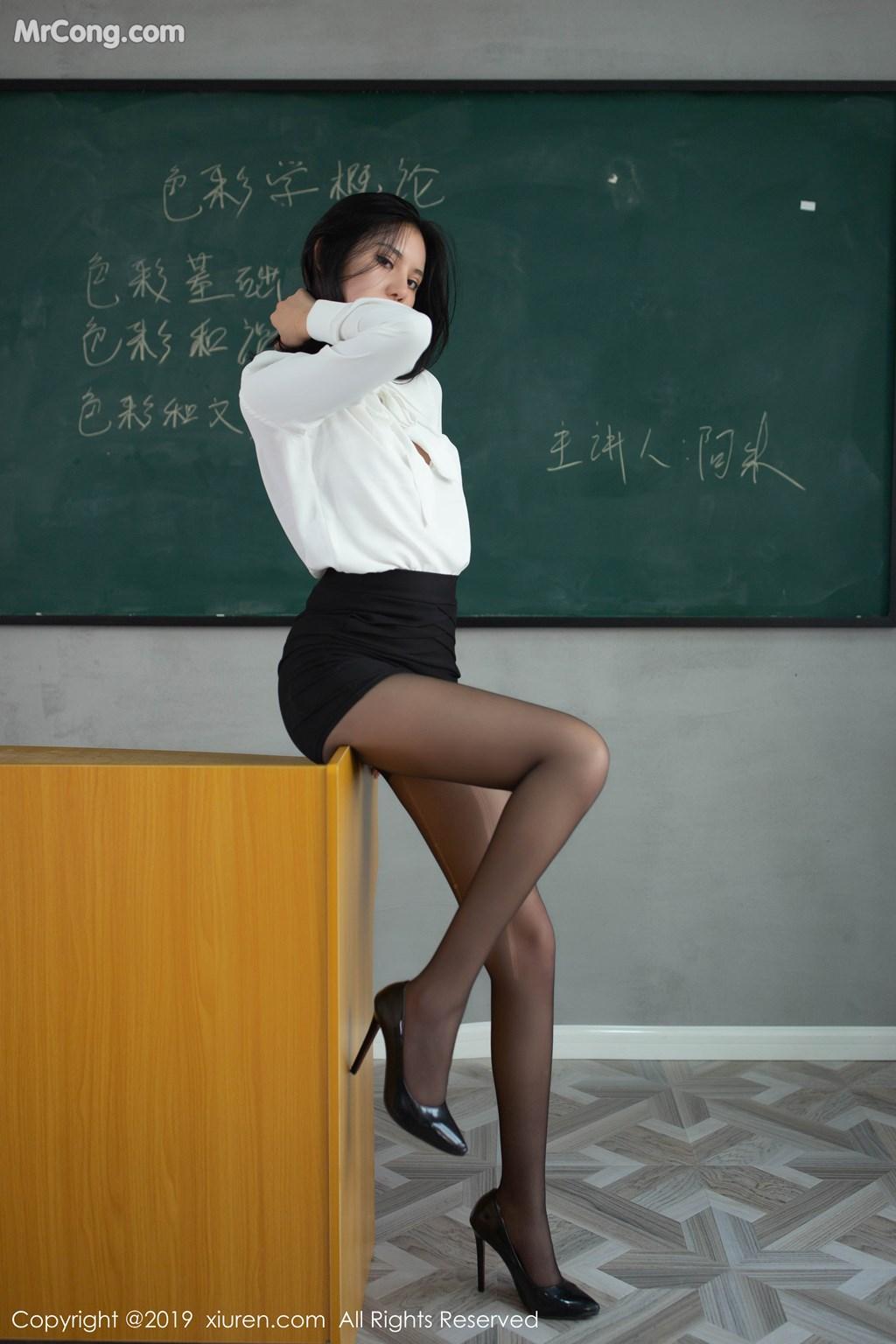 Image XIUREN-No.1690-Jiu-Shi-A-Zhu-A-MrCong.com-108 in post XIUREN No.1690: Jiu Shi A Zhu A (就是阿朱啊) (109 ảnh)