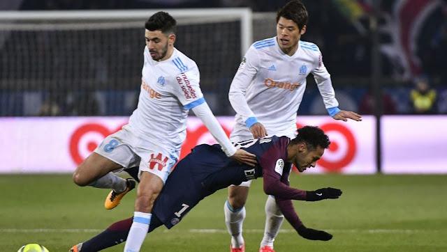 Dimitri Payet a menacé Neymar devant l'arbitre