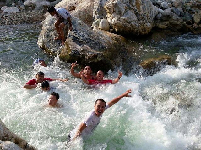 Wisata Sungai Alam Sikabu di Samadua