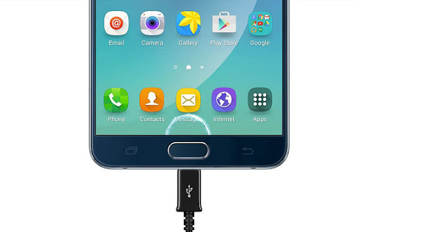 The Samsung Galaxy Note 6 come with USB Type-C and new version of the VR Gear