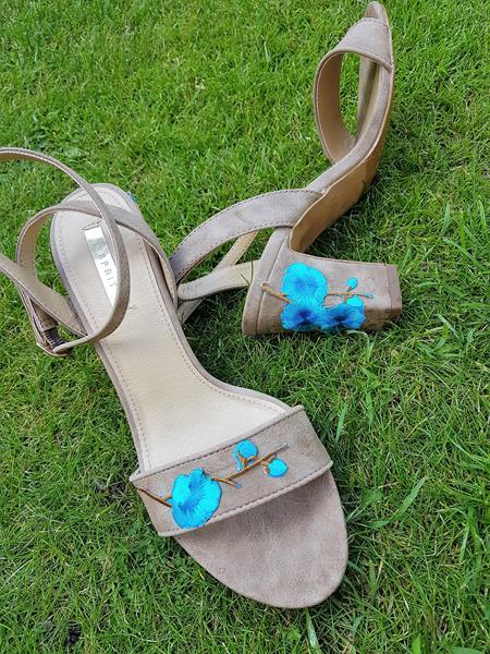 Blumenrankenfür langweilige Schuhe