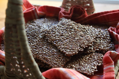 "Flaxseed Crackers - Meet the ""Flackers"""