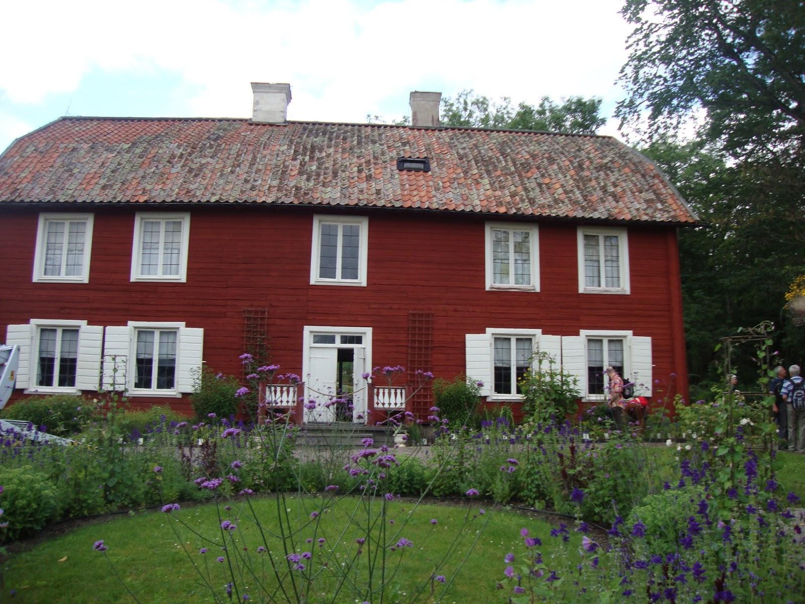 Foto diario di una giardiniera curiosa hammarby la casa for Case di tronchi di campagna