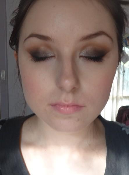 Brown SMOKEY EYE w/ Nude Lips   @MARIYA.AE - YouTube