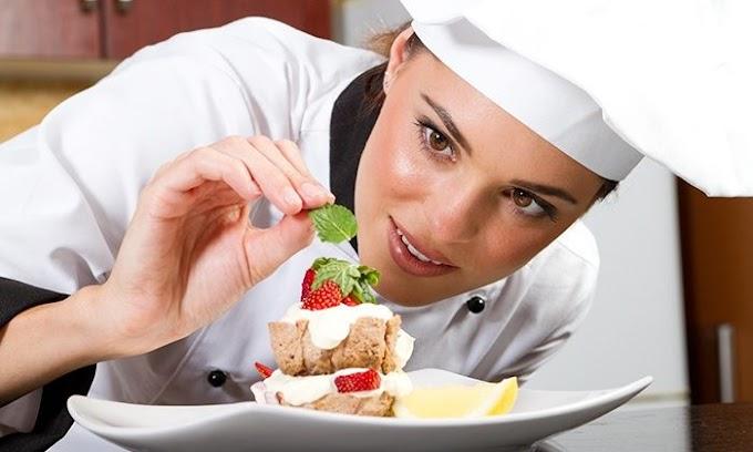 Ev hanımları dikkat! Yemek yaparak nasıl para kazanılır