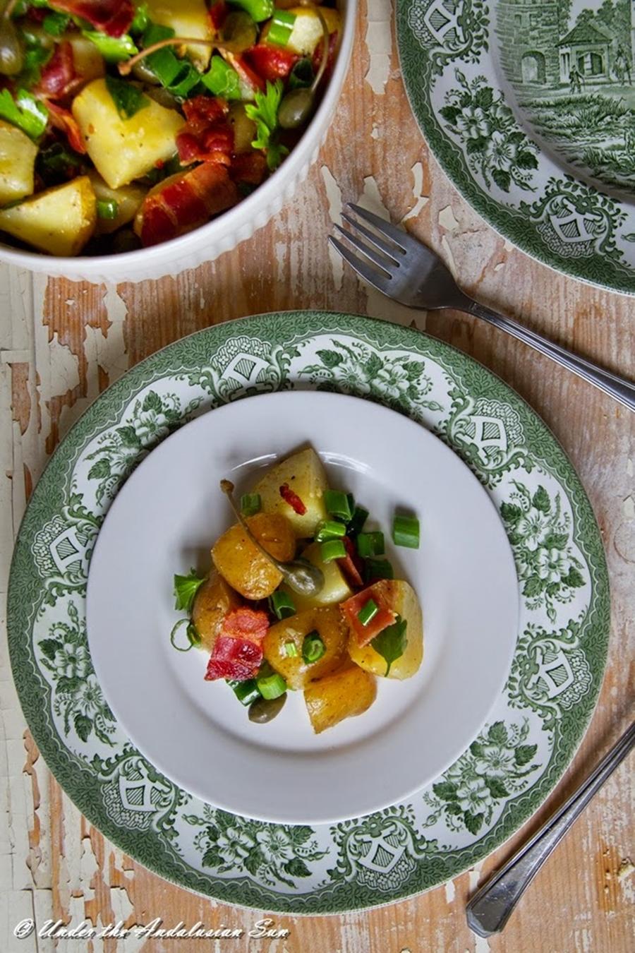 Andalusian auringossa_perunareseptejä ympäri maailman_saksalainen perunasalaatti_gluteeniton