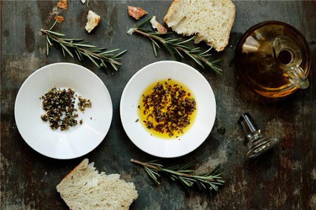 Erbe-aromatiche--oli-essenziali-cucina