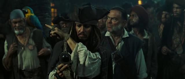 Pirates of the Caribbean 2 (2006) Dual Audio [Hindi-DD5.1] 1080p BluRay ESubs Download