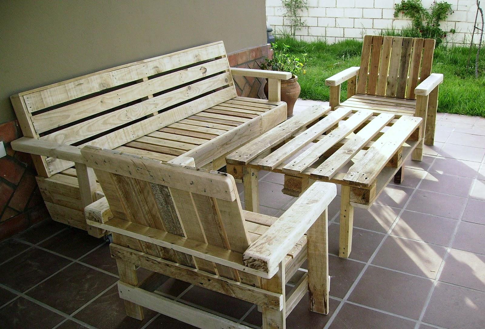 Artesanias labea muebles de exterior 100 reciclados for Reciclado de palets sillones