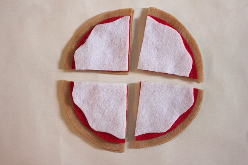 Play Food Felt Pizza - Repeat Crafter Me