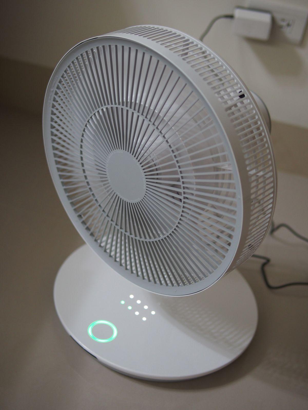 Redpig's Blog: 【逸品分享】寂靜的品味.Balmuda GreenFan+ 超靜音電扇