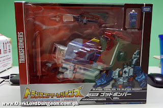 Transformers Takara Titans Return Godbomber Package