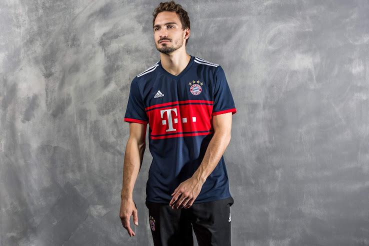 Bayern Munich 17-18 Away Kit Released - Footy Headlines