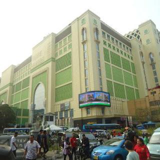 pusat_grosir_baju_koko_pasar_tanah_abang.JPG