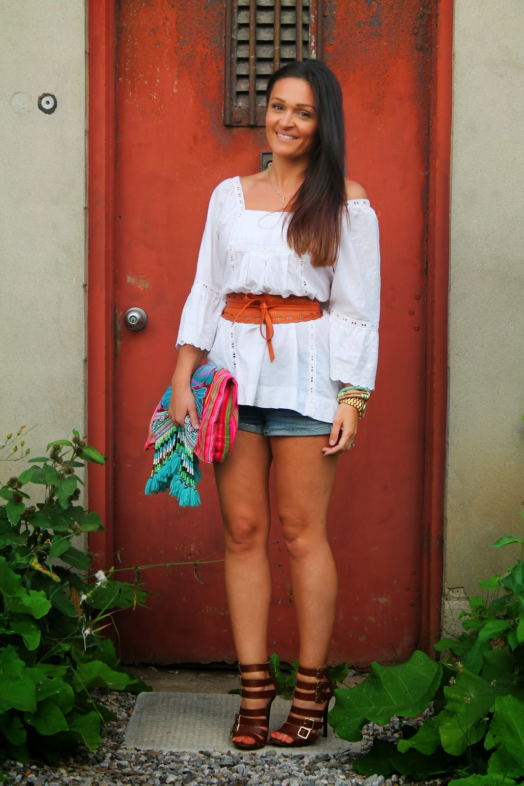 White top, white pheasant top, Boho outfit, embroidered clutch, canadian fashion blogger, blogerke, summer outfit, letnji outfit