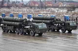 S-400 Triumf Sistem Rudal Anti Serangan Udara