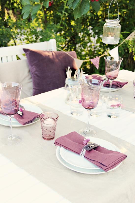 Table Setting: Purple Outside