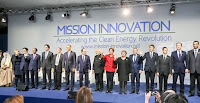Microsoft co-founder Bill Gates surrounded by President Obama and more than a dozen other world leaders announcing a global effort to double clean-energy research and development funding with a major side effort by private-sector billionaires. (Photo Credit: Wikipedia) Click to Enlarge.