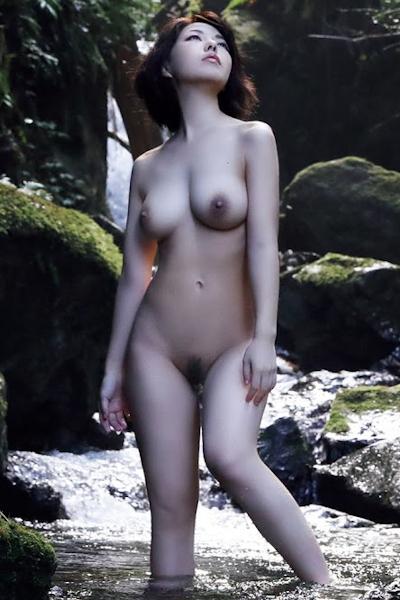 Reiko Nagaoka 永岡怜子, FRIDAY 2020.07.10 (フライデー 2020年7月10日号)