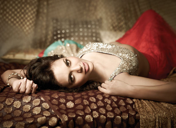 Majestic Superb hot Esha gupta latest hot filmfare photoshoot pics