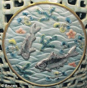 Jarrón porcelana china. Detalle.