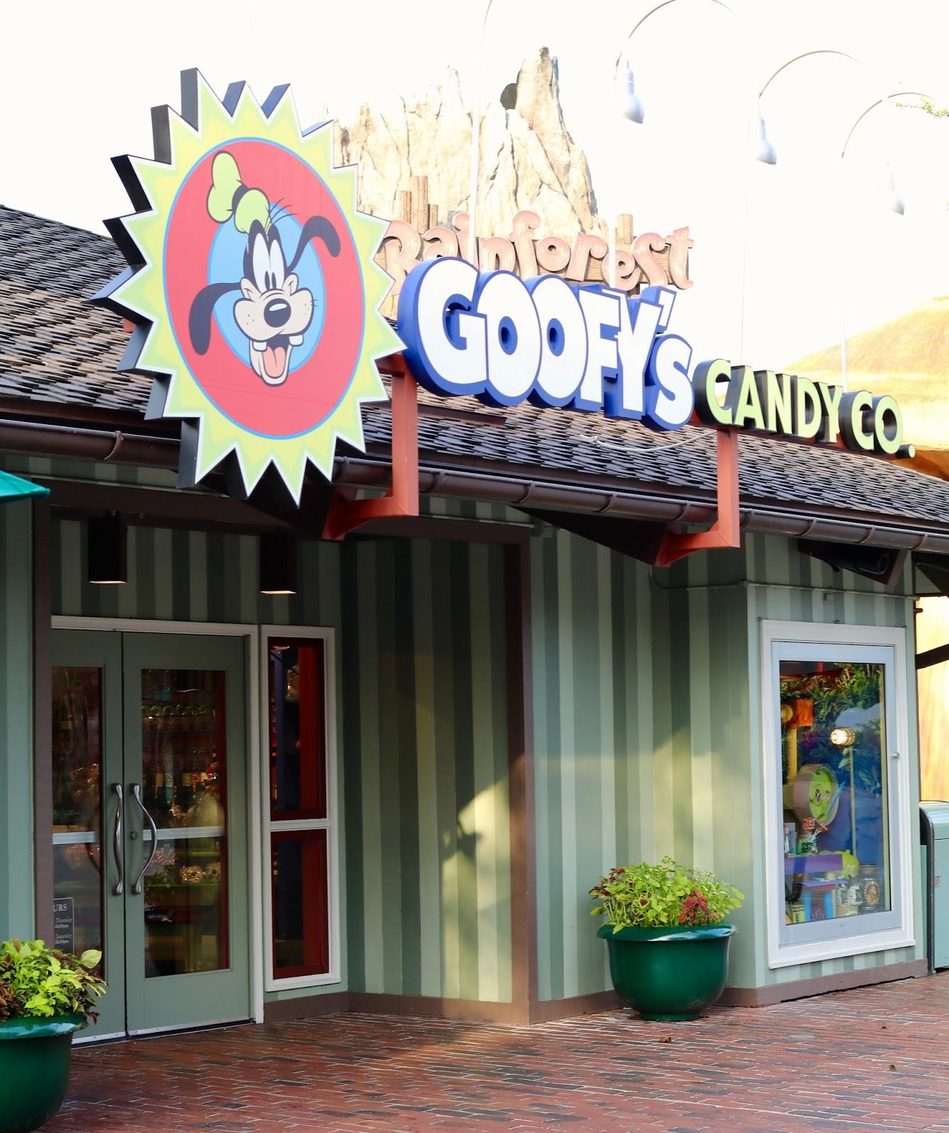 Disney-Spring-Goofy-Company-Candy-Store-Orlando-Florida