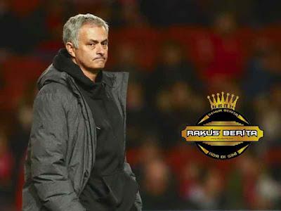 Mourinho Mengatakan 300 Juta Pound Tidak Cukup Beli Pemain