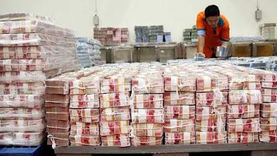 Mengapa Negara Tidak Mencetak Uang Yang Banyak Agar Kemiskinan Terhapuskan?