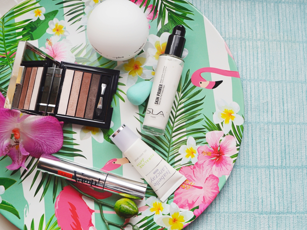 Monthly Beauty News in a Box: Blogger Club*