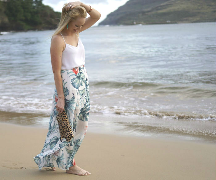 Hawaii outfit, honeymoon outfits, palm print skirt, vacation outfit ideas