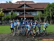 Bersepeda ke Rumah Teh Ndoro Donker
