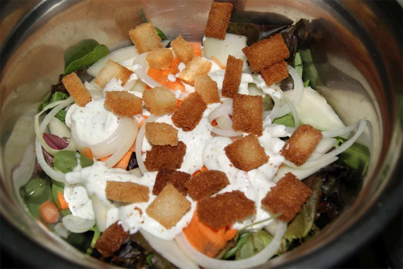 ensalada de melón con salsa de yogur griego paso 5