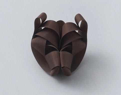 bear shaped bow