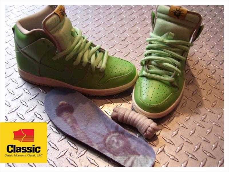 the latest 122ec edc6a Classic Skate Shop: NIKE SB LIBERTY DUNKS